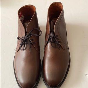 Allen Edmonds chukka boots